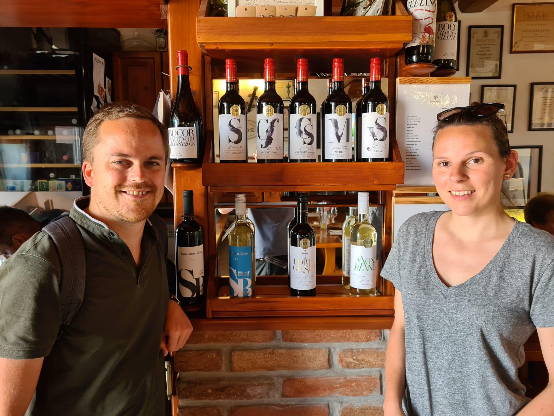 wijnhuis gunzer vinotheek in villany hongarije